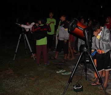 Edukasi astronomi