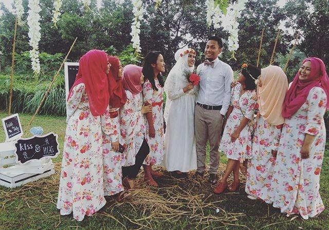 Pesta pernikahan ala kebun d'sa